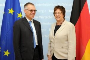 Jednání o integraci divize Opel/Vauxhall do skupiny PSA / Foto zdroj: P Automobil Import s.r.o.