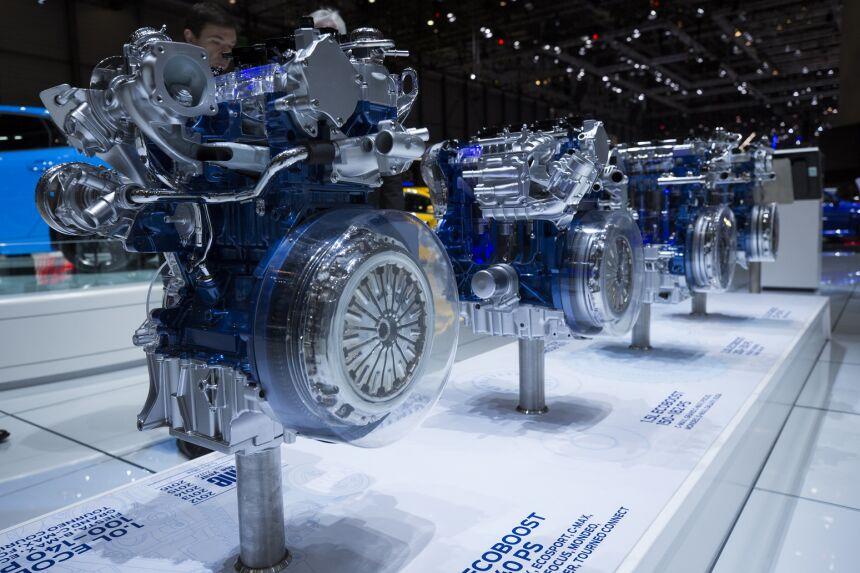 Neuv Iteln Rekordman Motor Ford 1 0 Ecoboost V T Z
