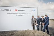 DB Schenker staví obří ostrovní logistické centrum pro Mercedes Benz (foto z Duisburgu) / Foto zdroj: SCHENKER spol. s r. o.