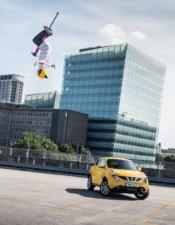 Nissan JukeCam: světově první integrovaná 360º kamera určená pro akční sporty a na palubní desku zachycuje rekord do Guinnessovy knihy rekordů™