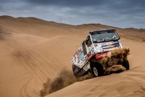 Kolomého šance na bednu končí v dunách dvě etapy před cílem! / Foto zdroj: BUGGYRA media