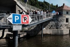 Přístaviště lodí v Praze u nábřeží Edvarda Beneše se převléklo do nového / Foto zdroj: Ministerstvo dopravy ČR