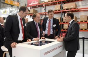 Linde Material Handling prodlužuje spolupráci s odborníky na robotiku ze společnosti Balyo na příštích deset let / Foto zdroj: Linde Material Handling / Foto: Sascha Baumann / all4foto.de