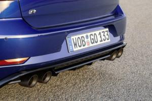 """Golf R s výfukovou soustavou Akrapovič """"Performance"""" / Foto zdroj: Porsche Česká republika s.r.o."""