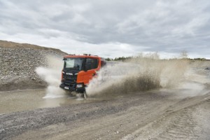 Scania G 450 XT 8x4 / Foto zdroj: Scania, Gustav Lindh, 2017