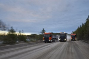Scania G 500 XT 6x4, Sklápěč Scania R 580 XT V8 6x4, Sklápěč Scania R 500 XT 6x4, Sklápěcí přívěs Ekerö, Švédsko, Foto: Dan Boman 2017