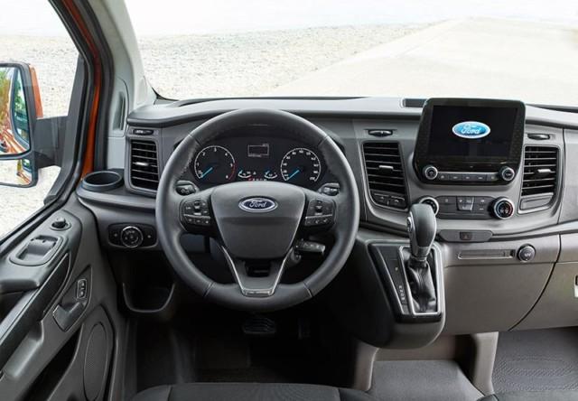 Nový Ford Transit Custom – ještě více stylu, produktivity a techniky pro nejprodávanější dodávku ve své kategorii / Foto zdroj: Ford Czech Republic
