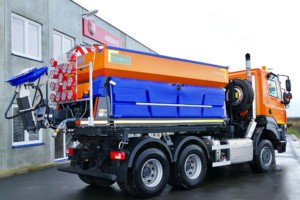 TATRA TRUCKS dodala nová vozidla pro údržbu komunikací s nástavbami Schmidt / Foto zdroj: TATRA TRUCKS a.s.
