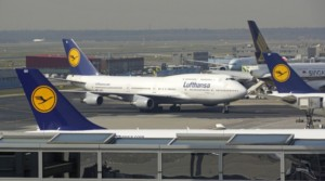 Situace na letišti ve Frankfurtu nad Mohanem je stále vážná / Foto zdroj: Deutsche Bahn AG / Volker Emersleben