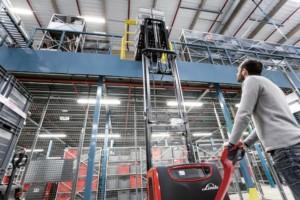 Linde Material Handling uvádí na trh nový asistenční systém pro řidiče paletových vozíků / Foto zdroj: Linde Material Handling Česká republika s.r.o.