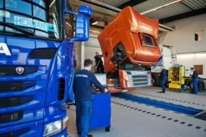 Scania dlouhodobě podporuje mladé mechaniky / Foto zdroj: Scania Czech Republic, s.r.o.