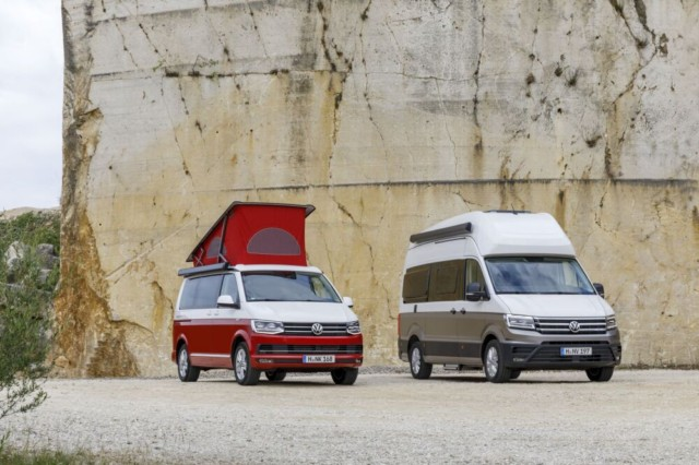 Grand California vstupuje do nové dimenze (na snímku California Ocean a Grand California) / Foto zdroj: Porsche Česká republika s.r.o. Divize Volkswagen Užitkové vozy
