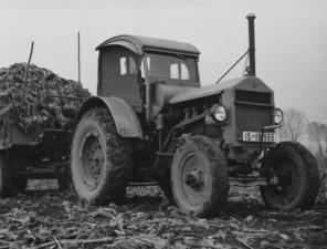 Začátek legendy Continental vyrábí první agro pneumatiku: T2. / Foto zdroj: Continental Barum s.r.o.