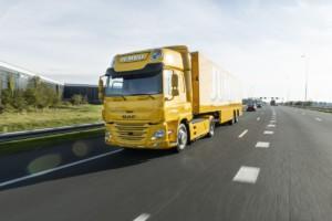 Společnost DAF Trucks předala svoje první nákladní vozidlo sčistě elektrickým pohonem nizozemskému řetězci supermarketůJumbo. / Foto zdroj: DAF Trucks CZ, s.r.o.