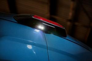 Díky osvětlení prostoru za vozem umožní nový Transit řemeslníkům pracovat déle venku i v zimě / Foto zdroj:  Ford Czech Republic