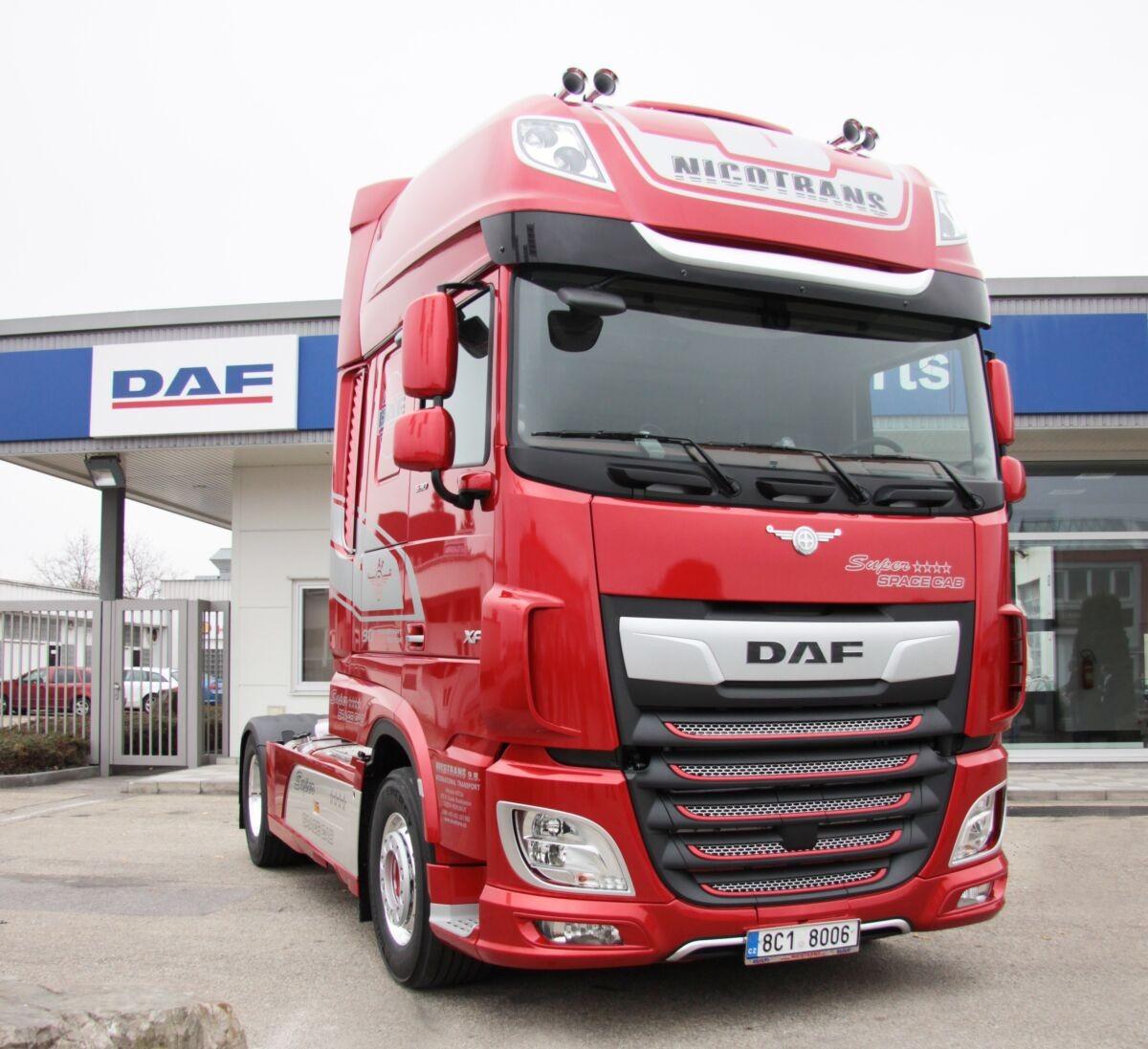 Nový DAF XF z limitované edice k 90. výročí založení společnosti DAF spořadovým číslem 066. / Foto zdroj: DAF Trucks CZ, s.r.o.