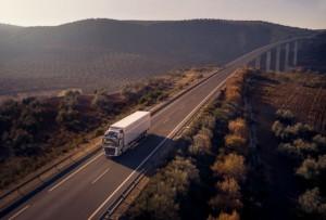 Nové Volvo FH se systémem I-Save snižuje spotřebu paliva až o7% / Foto zdroj:  Volvo Group Czech Republic, s.r.o.