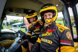 Macík sBrabcem řádili vtraktoru na Rallye Šumava / Foto zdroj: Big Shock Racing